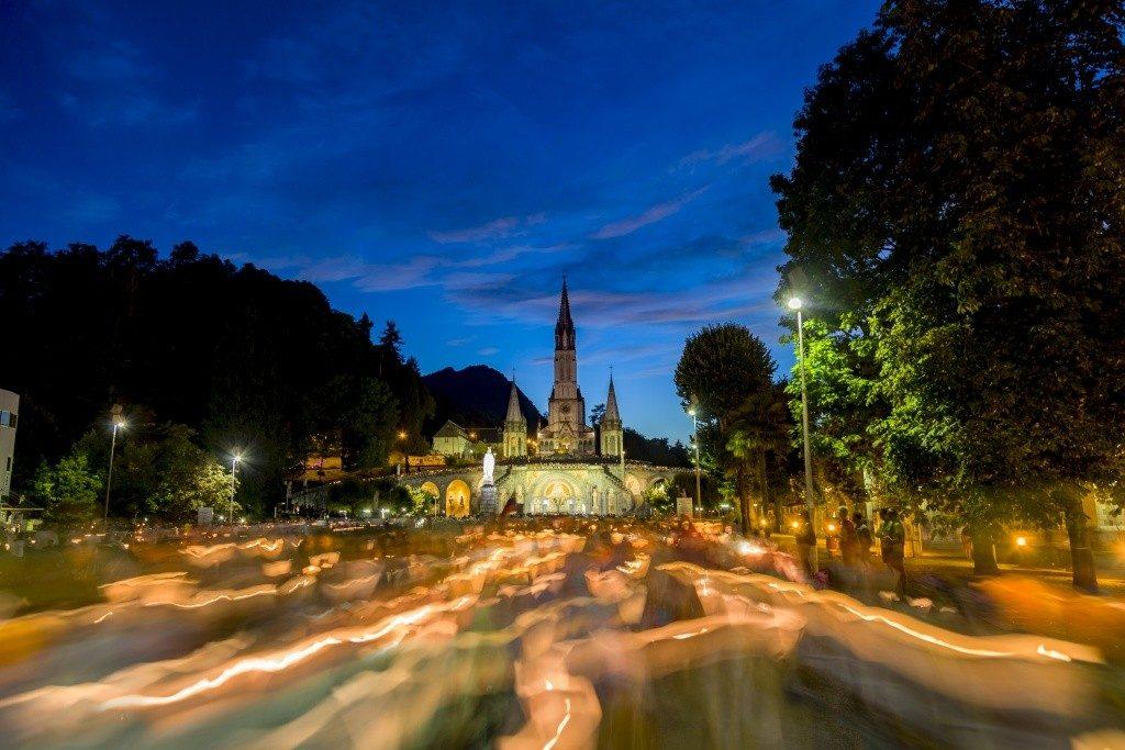 Procession aux flambeaux Lourdes